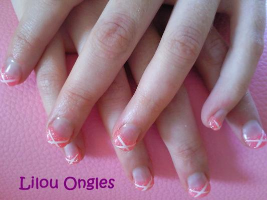 rose et blanc lilou ongles