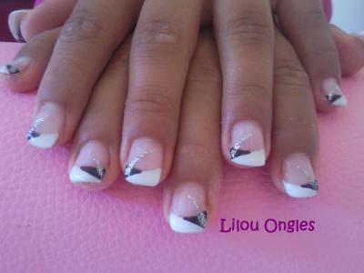 lilouongles noirs et blanc